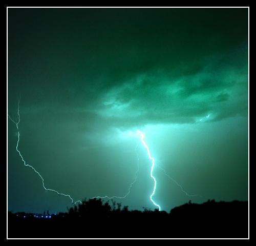 Lightning 2 by Bainy