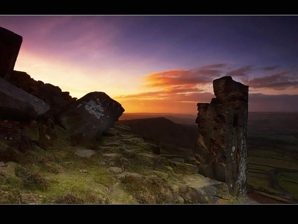 Pinnacle Rock by cdm36