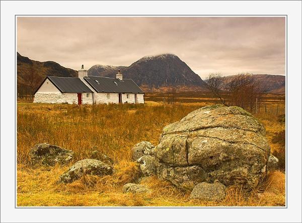 Cottage by allanC