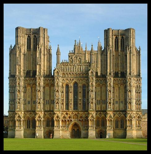 Wells Cathedral by WayneG