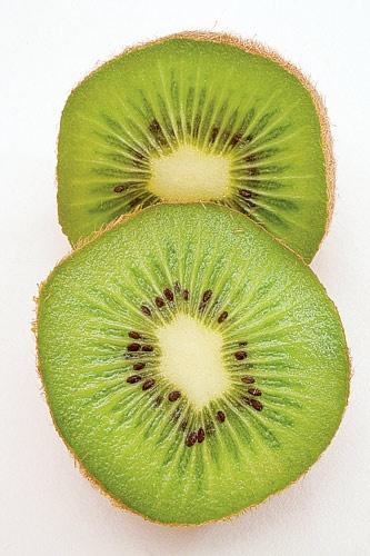 kiwi by SmileySteve
