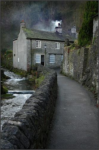 Hawthorn Cottage, Castleton by rojo-uk