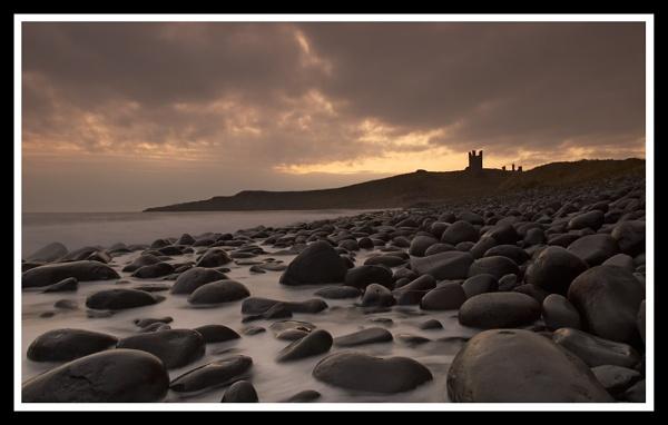 Dunstanburgh Dawn by Nixy