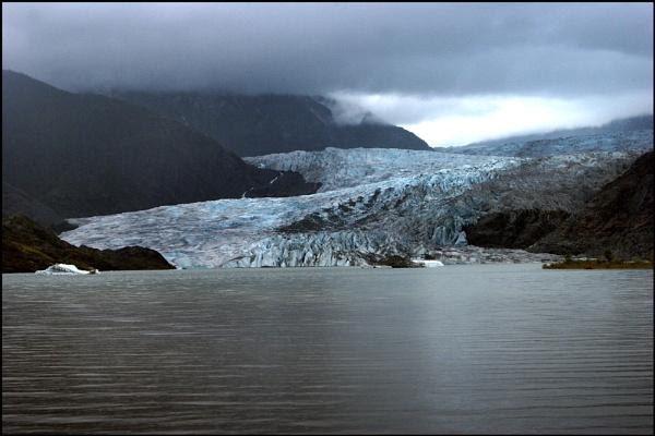 Mendenhal Glacier, Alaska by gipperdog