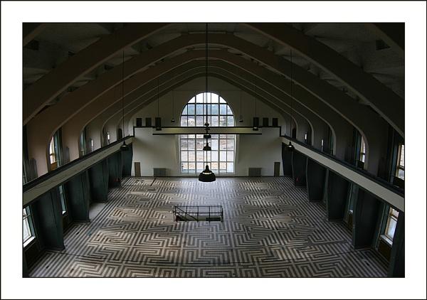 Radio Kootwijk 2: Transmitter Room by conrad
