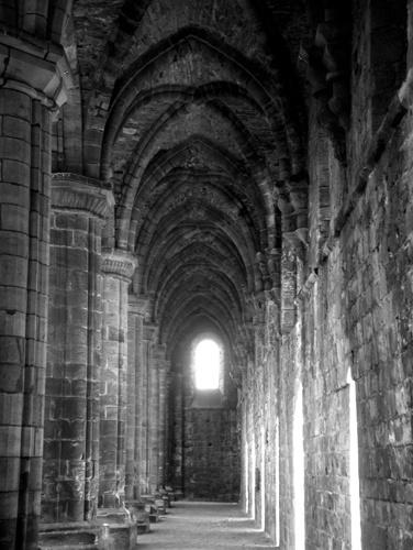 Kirkstall Abbey by netti spaghetti