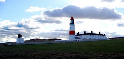 Souter Lighthouse by bradpete