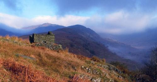 Mountain Ruin by dven