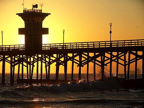 Seal Beach Pier 3 by gajewski