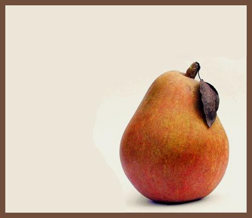 Pear by Davina