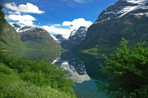 Fjord by Hedgehog