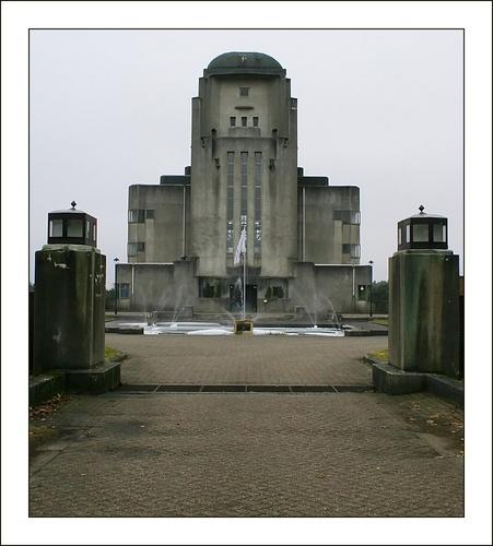 Radio Kootwijk 6: Exterior by conrad