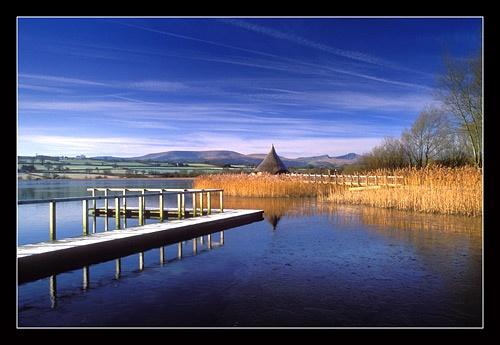 Llyn Syfaddan by jond