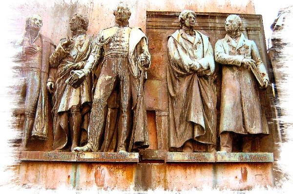 Koln Statues by Lou41