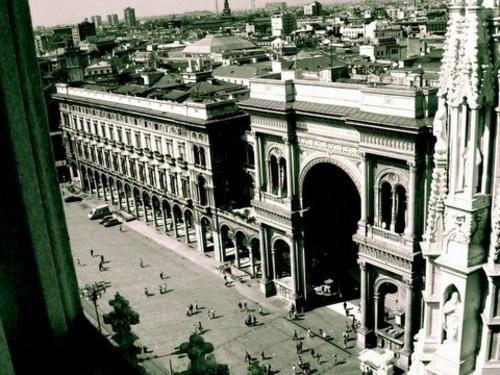 Galleria Vittorio Emanuale II by mongogushi