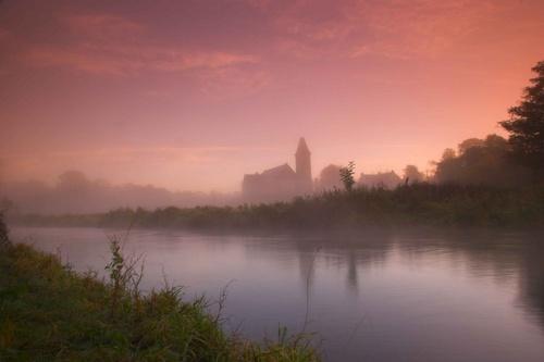 Morning mist by mathugamble