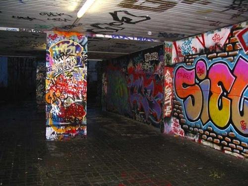 berlin underpass by bigbrum