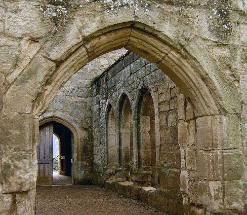 Bodiam Archways by Sezz