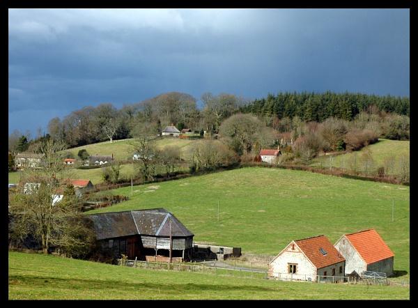 Farm at Horningsham by WayneG