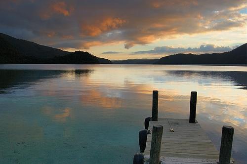 Lake Okataina by menameisatsushi