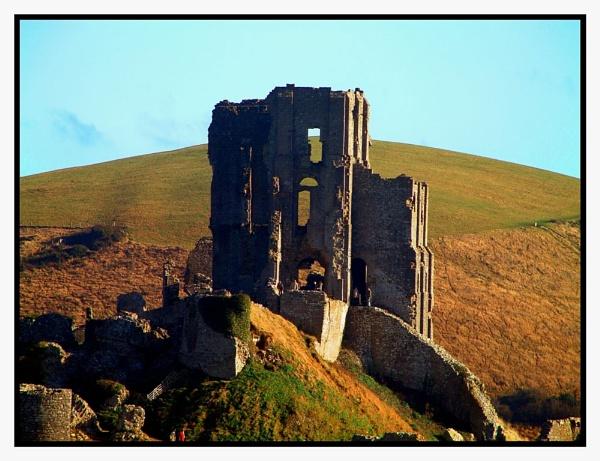 Corfe Castle by DPWeeks