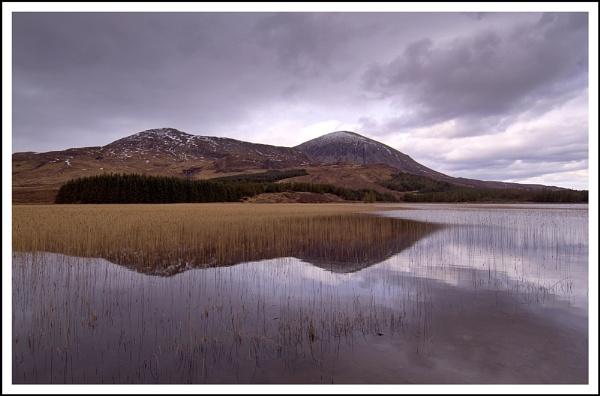 Skye Loch... by Scottishlandscapes