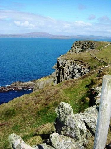 Sea Cliffs by marymangru