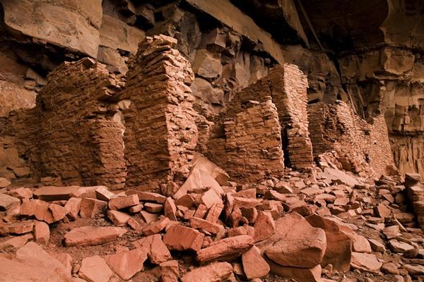 Honanki Indian Ruins by gipperdog