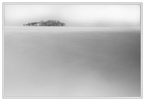 Minimal Island by Bexphoto