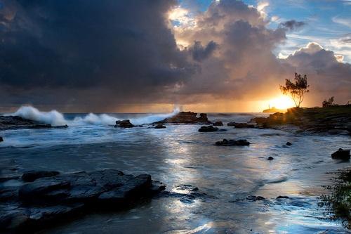 Sunrise storm by melbrackstone