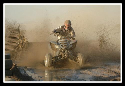 4wheel splash by Patrys