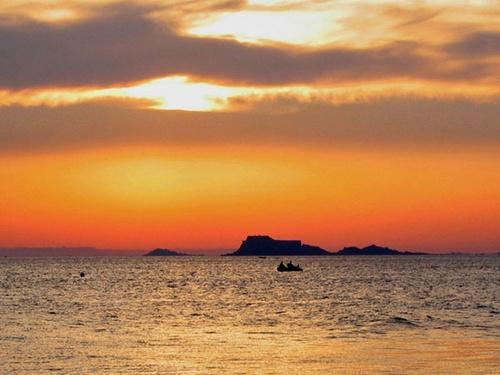 distant horizons by bigbrum