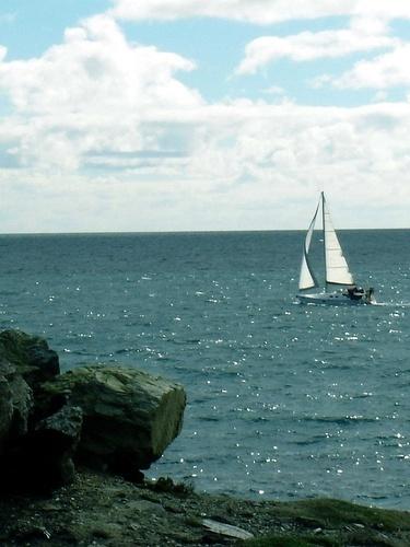 Sailin\' on by... by marymangru
