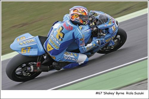 #67 Shakey Again by vfr400