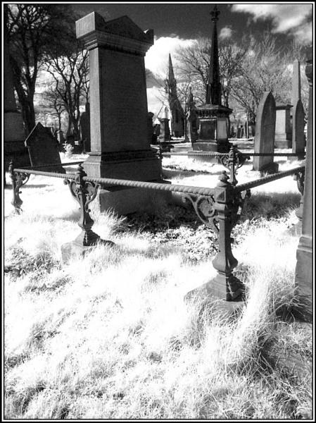 IR Graveyard by jimthistle73