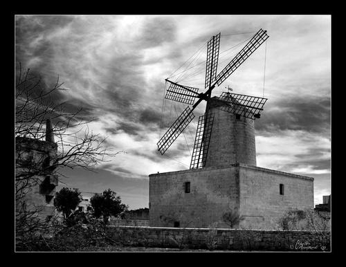 Windmill by Ruggieru