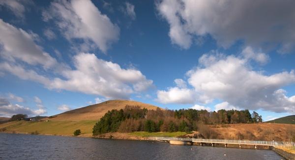 Castle Reservoir by strawman