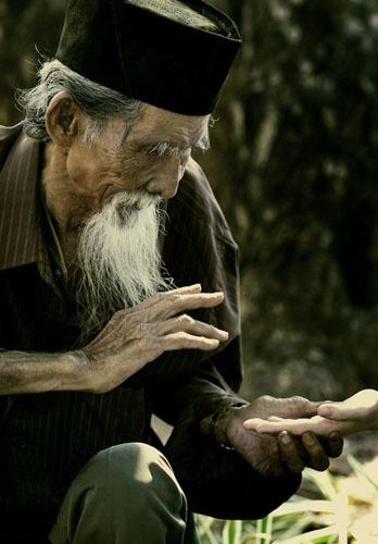 old man by oranje