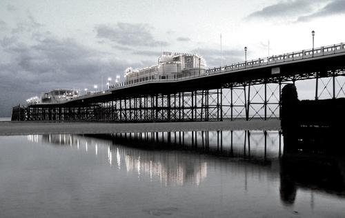 Worthing Pier by martinduke