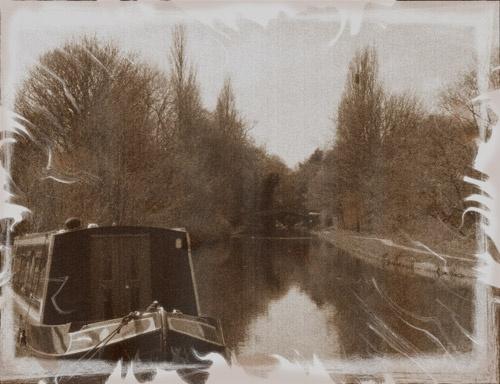 Sunday Boat by kemic