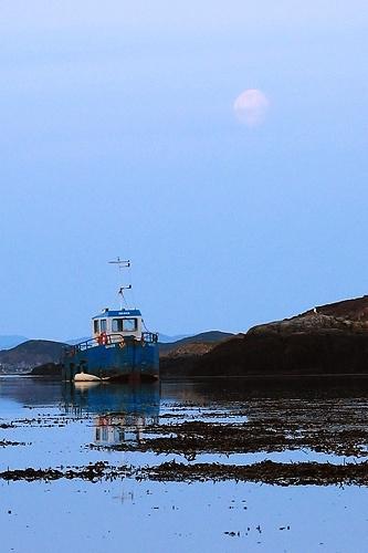 Morning in Sutherland 2 by menameisatsushi