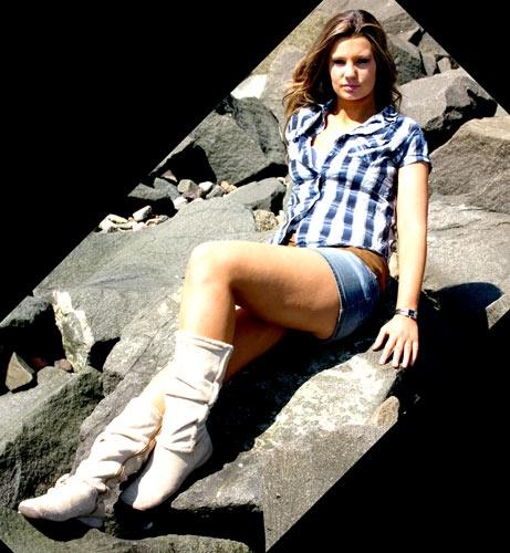 Lainy #2 by bytorphoto