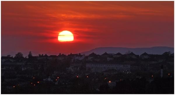 Red Sunset by motman