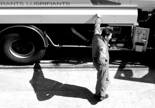 refuelling by bigbrum