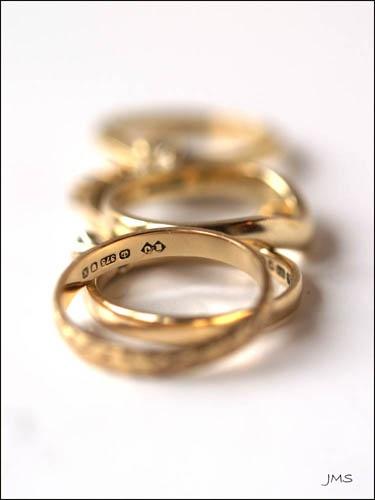5 gold rings by janehewitt