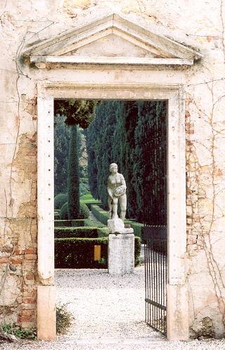 Garden in Verona by stanner