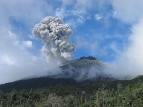 Volcan Tungurahua, Ecuador by VolcanoCowboy