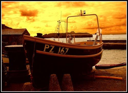 The Golden Glow by CornishEyes