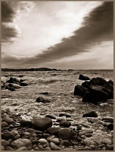Stoer Bay by uggyy