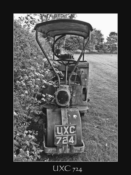 UXC 724 by Ricardos